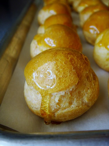 Making of Croquembouche: Glazed with Caramel