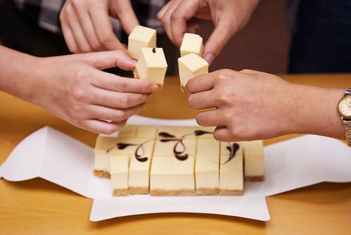 辦公室下午茶-人氣團購美食-馥貴春重乳酪蛋糕 (26)