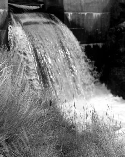 newzealand blackandwhite bw film water matt landscape flow blackwhite waterfall movement aperture matthew central alexandra elements nz southisland centralotago epson 4x5 filmcamera ilford fp4 fujinon largeformat quintin filmscan toyo 5x4 toyoview blackandwhitefilm earthscape v700 mccutcheon lc29 manorburn epsonv700 toyoviewg manorburndam uppermanorburndam