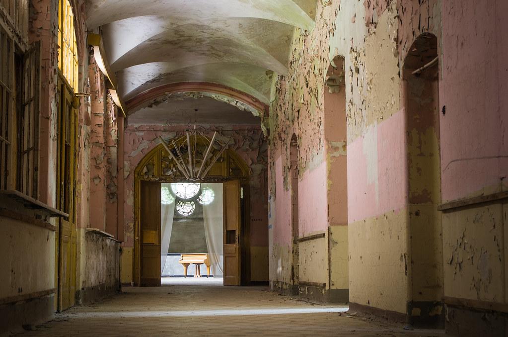 Berlin-urbex-Beelitz-sanatorium.jpg