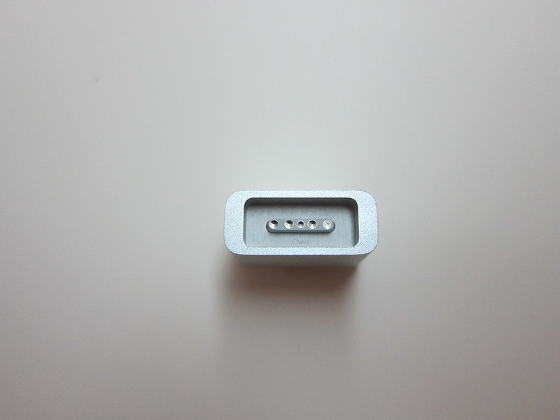 Apple MagSafe to MagSafe 2 Converter - Front