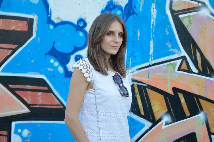 lara-vazquez-mad-lula-fashion-style-streetsyle-sorteo-bolso-whitre-dress-look