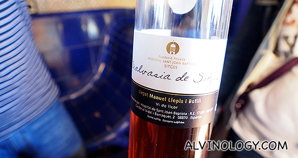 Signature bubbling wine from Sitges