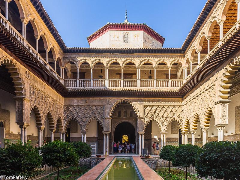 Patio de las Doncellas en el Alcázar de Sevilla