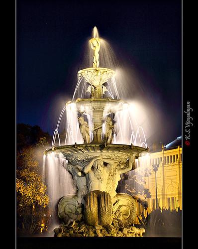 Fountain @ Royal Exhibition Building