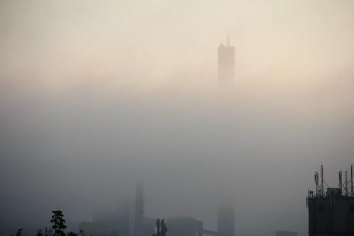 morning urban industry clouds sunrise canon buildings dawn industrial cityscape poland polska smokestack complex funnel kielce heatingplant świętokrzyskie kielecczyzna canoneos550d canonefs18135mmf3556is