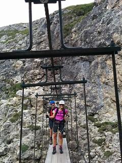 Auf der Hängebrücke Pisciadù Klettersteig
