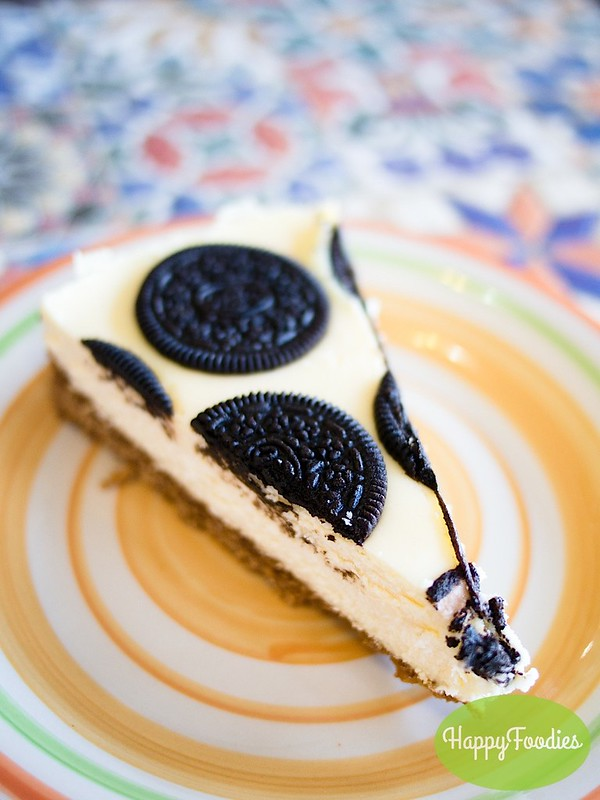 Oreo Cheesecake (Php 75/slice)
