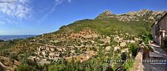 Desde la iglesia de Deià (Mallorca)