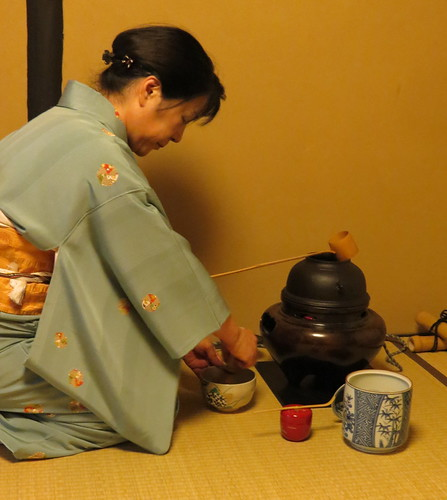 Tea Ceremony at WAK (Women's Association of Kyoto)