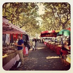 Ce matin à la première heure au marché de #saintchinian #languedoc #herault