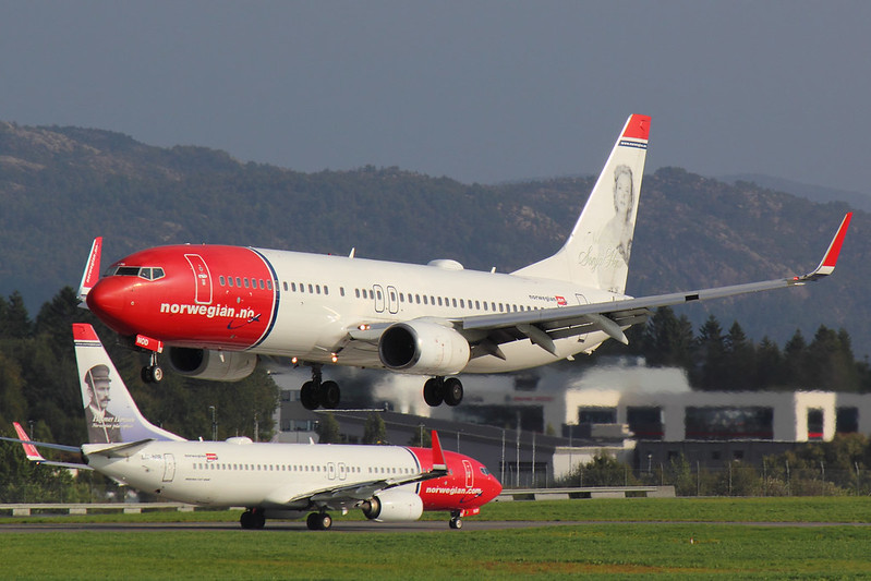 Norwegian - B738 - LN-NOD (1)