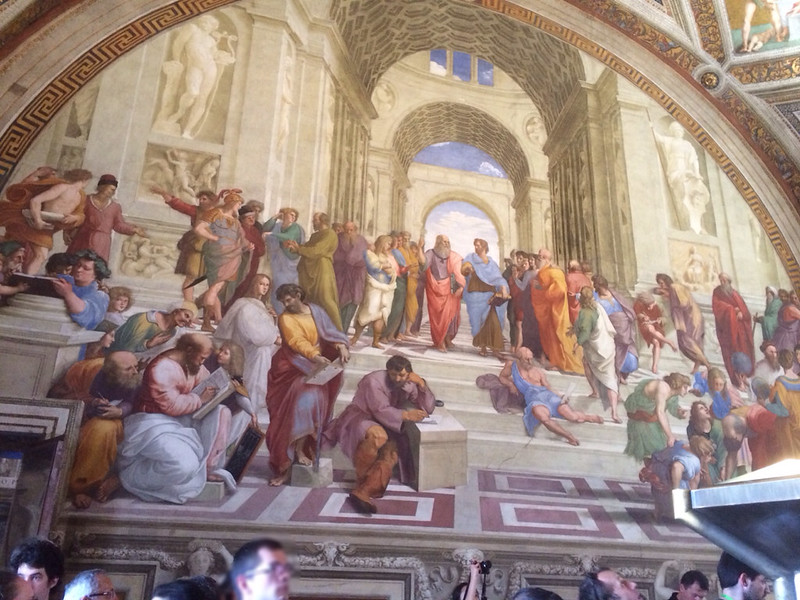 ラファエロのフレスコ画    「アテネの学堂」