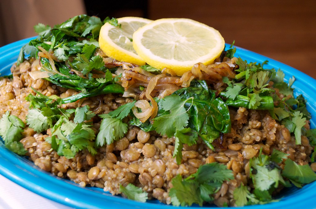 The Indy Vegan: Mujadara with Quinoa & Sautéed Spinach