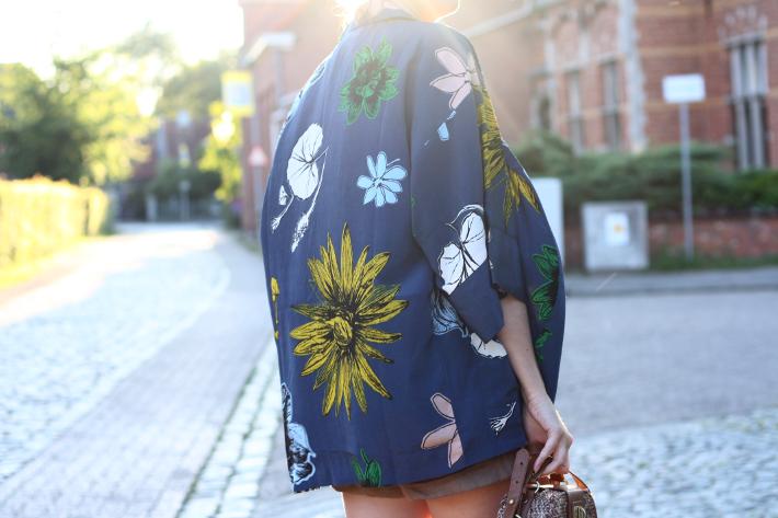botanical floral kimono