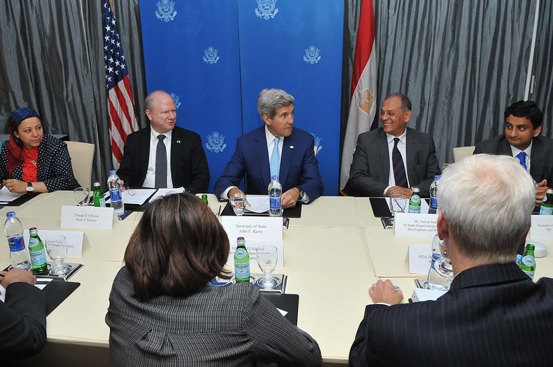 Secretary Kerry Meets With Egyptian Civil Society