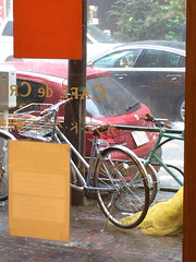土砂降りだ カフェドクリエで 雨宿り 2014/6/29