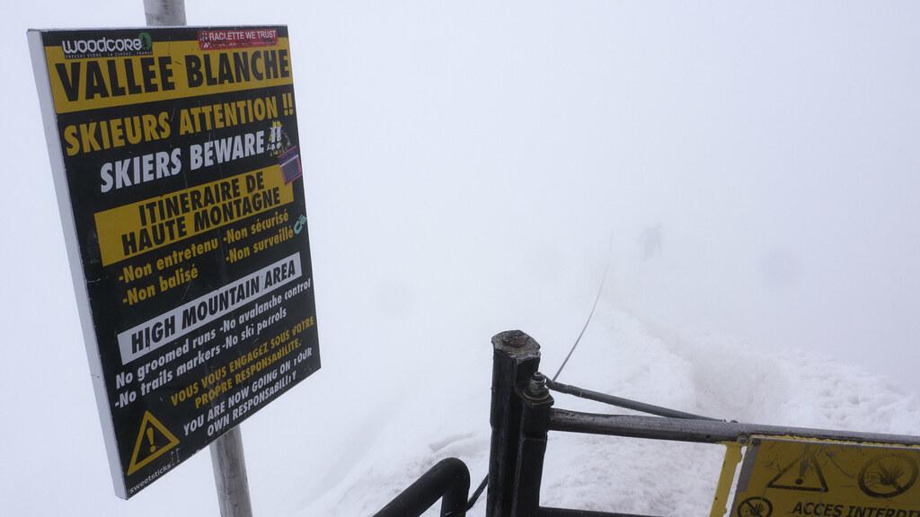 Misty snow arete