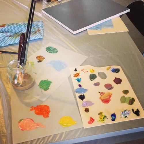 Experimenting with oil paint mixing at workshop with @davidavidavidavid.