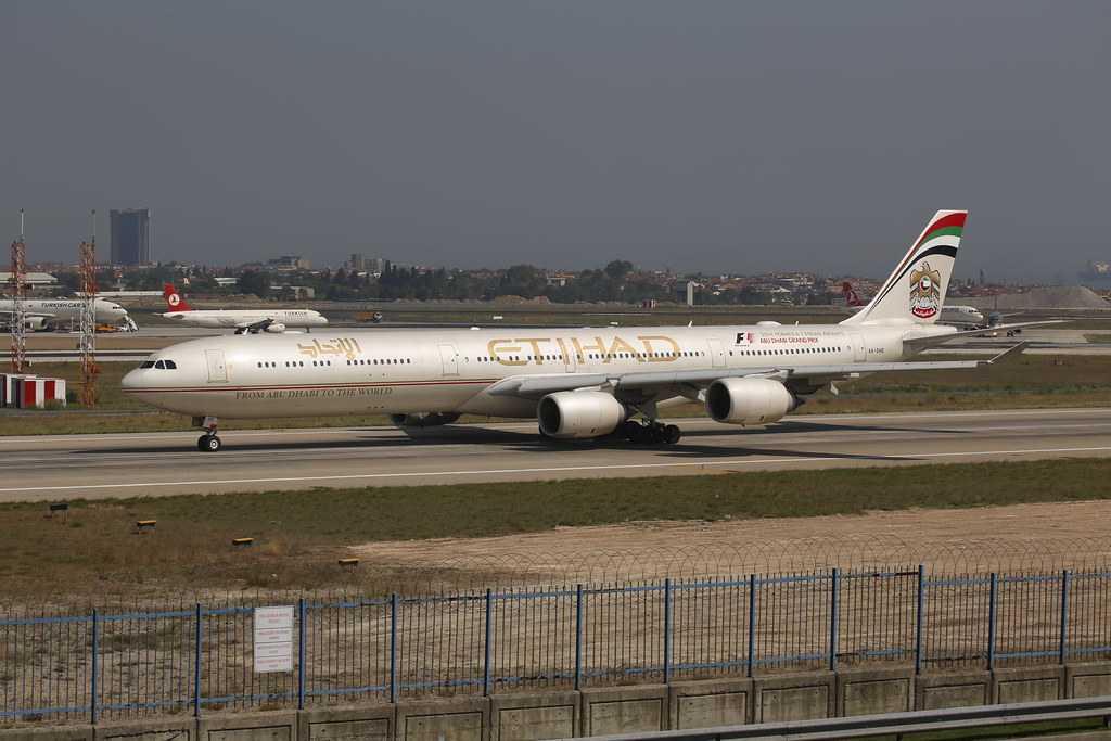 Etihad Airways Airbus A340-600