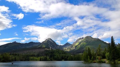 trees sky mountain mountains nature clouds slovensko slovakia priroda tatry nebo hory stromy vysoketatry pleso vysokétatry strbske strbskepleso ta3