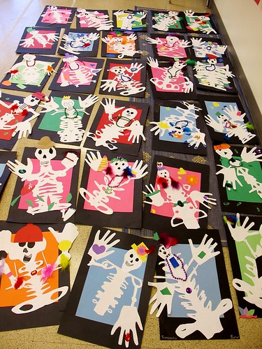 Eclectic chica dia de los muertos name skeletons for Day of the dead crafts for preschoolers