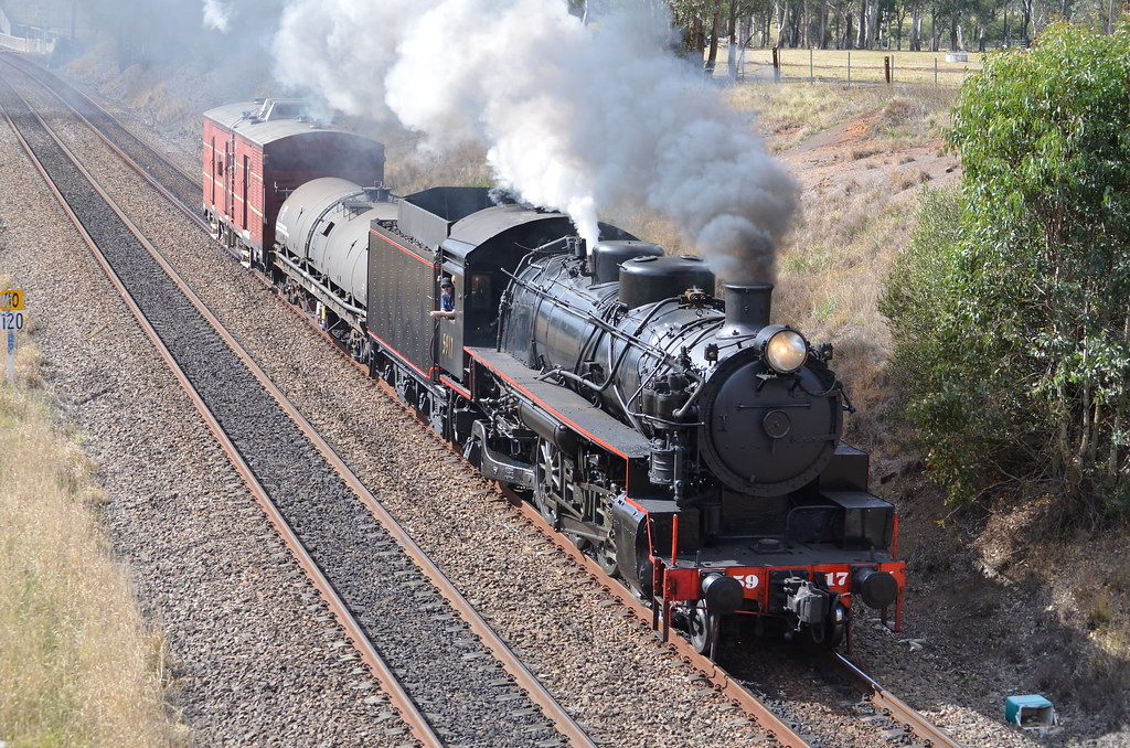 8S80 5917 heads south to thirlmere for tomorrows fotoz flyer to lithgow seen here passing through menangle by NR1984