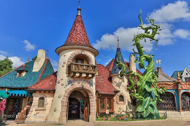 DLP Aug 2014 - Sir Mickey's