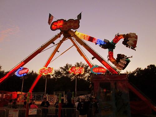 carnival festival fun evening nc dusk northcarolina fair entertainment midway countyfair kinston carnivalrides amusementrides communityevent fairrides amusementdevice mechanicalrides amusementsofamerica lenoircountyfair