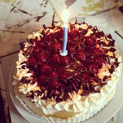 Birthday gateaux