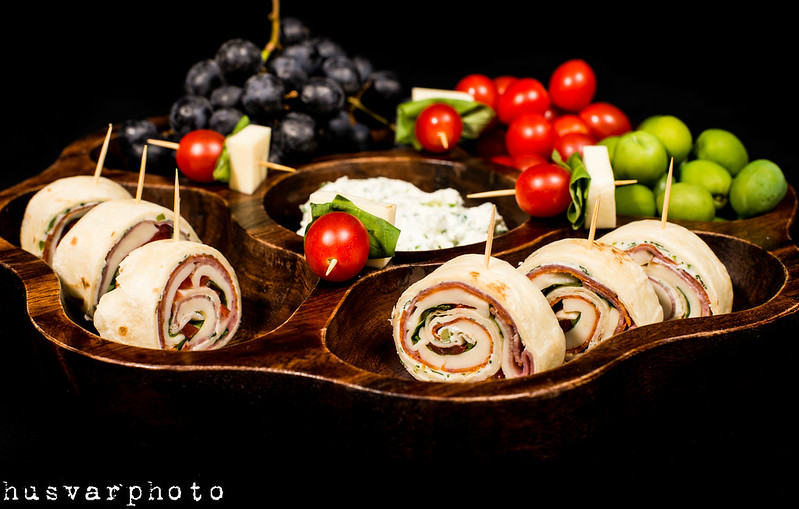 antipasto party pinwheels in_the_know_mom #OldWorldStyleOM
