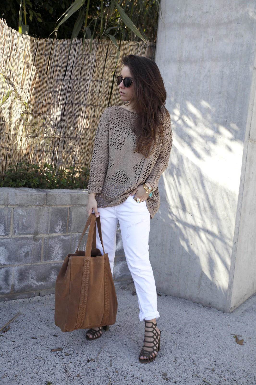 011_SPRING_NEUTRAL_OUTFIT_STREET_STYLE_FASHION_BLOGGER_INFLUENCER_BARCELONA_THEGUESTGIRL