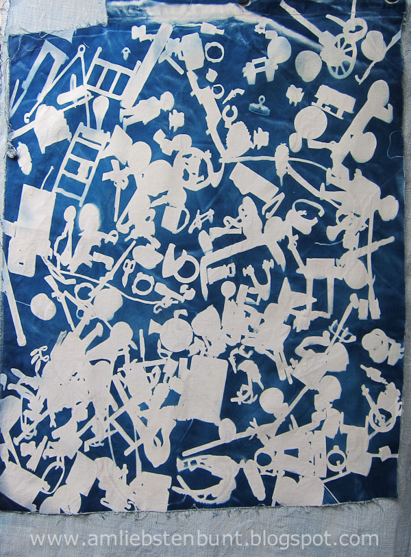 cyanotype_on_fabric_by_Kristina_Schaper_4848.jpg
