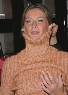 gisele bundchen turtleneck