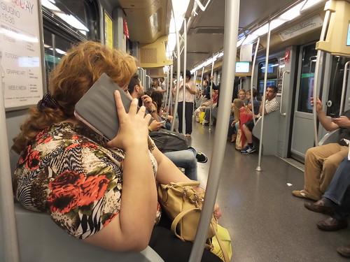 A cosa serve un smartphone grande? by Ylbert Durishti