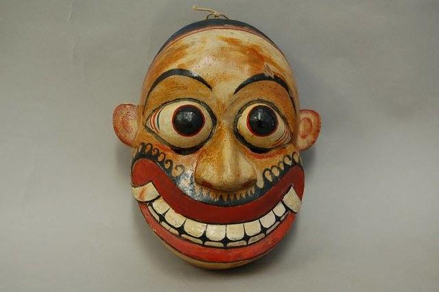 Sri Lankan devil dancer's mask