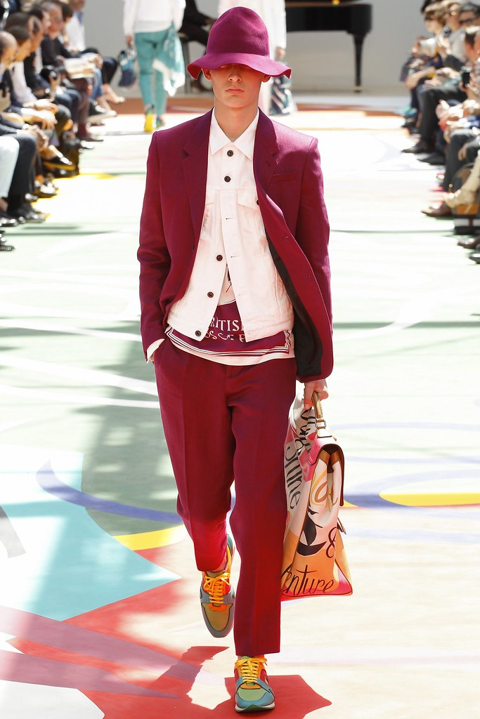 SS15 London Burberry Prorsum027_Freddie Dennis(VOGUE)