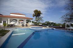 Shana Hotel Swimming Pool