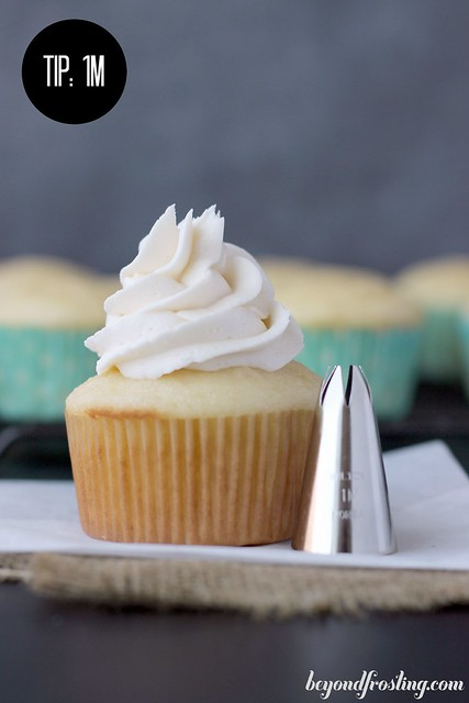 How to decorate the perfect cupcake- Tips and techniques | TIP 1M