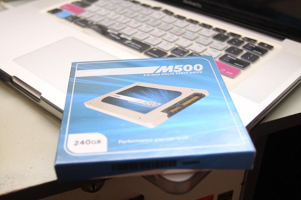 Crucial MX500 240GB SSD
