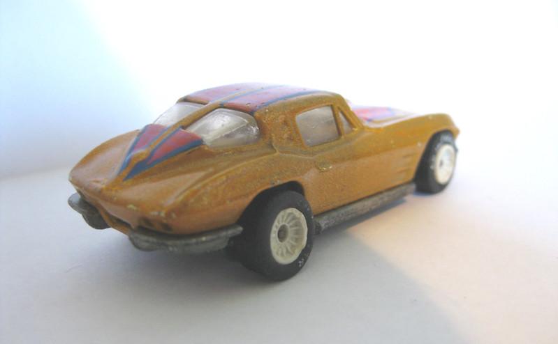 1963 Chevrolet Corvette String Ray rear
