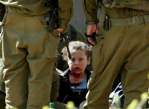Criança Palestina agredida por soldados de Israel, segundo ex soldados