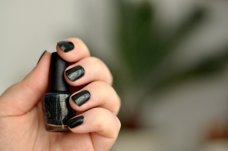 notd opi live and let die nail polish rottenotter rotten otter blog 2