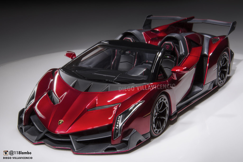 Lamborghini Veneno Lp750 4 Roadster 1 18 Resin Model By