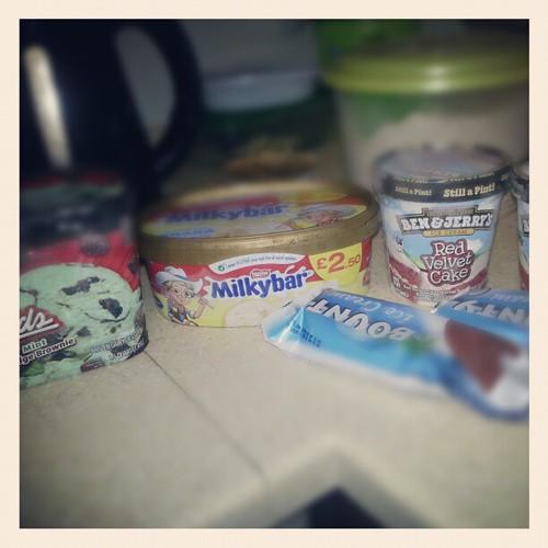 icecream preparing for the cheat day...