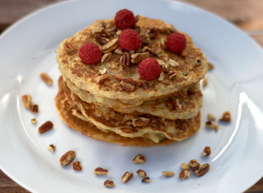 Recipe for Homemade Healthy Pancakes with Oats and Apples (3)