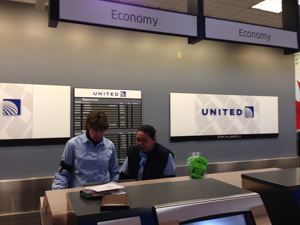 Review Of United Flight From Eagle To Denver In Economy