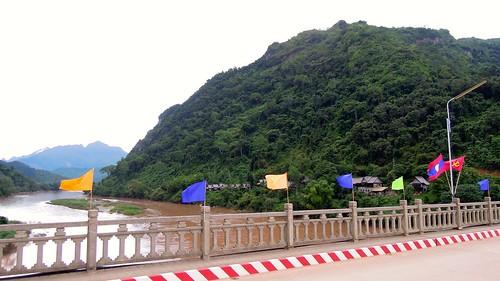 2014 coolpix laos nikon nongkhiaw nongkiauriverside p300 outdoor bridge