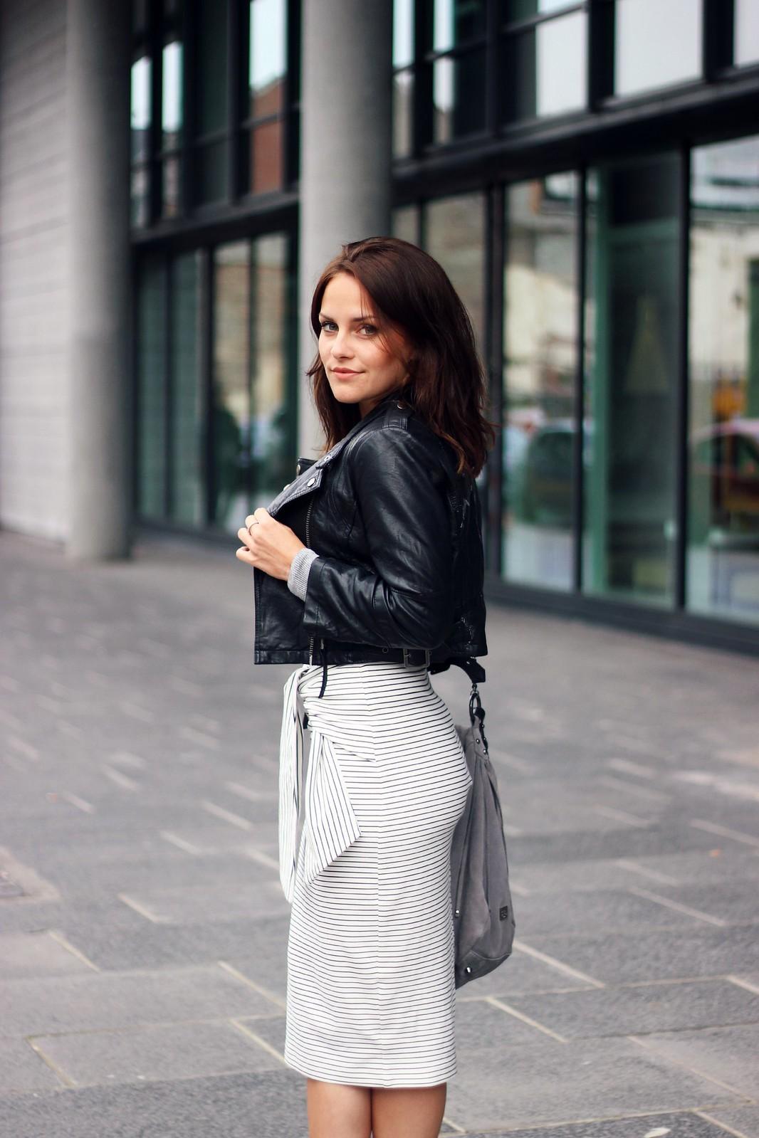 Zara Tie-Waist skirt 3