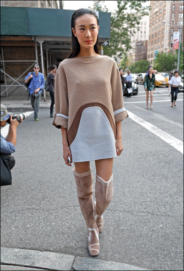 FWF9-14  20w Shu Pei in Marc Jacobs tan brown white mini sweater dress long sleeves thigh high suede fur lined boots